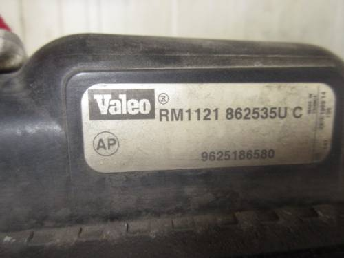Radiatore Acqua Valeo RM1121 862535U C 9625186580 Peugeot  206 del 1999 1360cc.   da autodemolizione