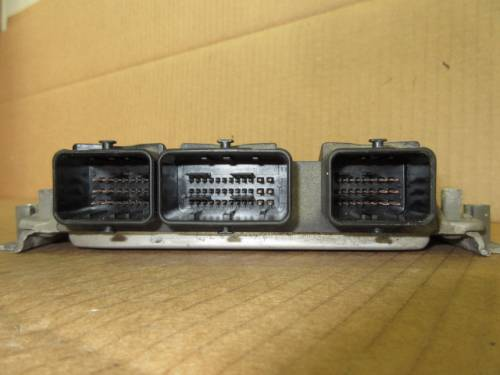 Centralina Motore Bosch 0261207318 9653492680 9643897580 Citroen  Xsara Picasso del 2005 1587cc.   da autodemolizione