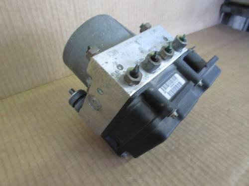Centralina Abs Bosch 0265231359  0265800329 Renault  Modus del 2006 1149cc.   da autodemolizione