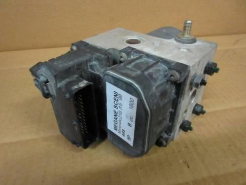 Centralina Abs  Bosch 9702010273004395 0265216732 7700432643 Renault  Megane Scenic del 1999 1600cc.   da autodemolizione