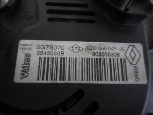 Alternatore  Valeo SG7S070 2543550B 8200660045 A 308005306  Renault  Clio del 2008 1150cc.   da autodemolizione