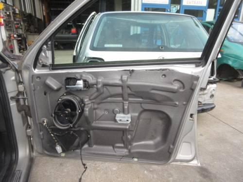 Portiera Anteriore Destra Ford  Mondeo  del 2005 da autodemolizione