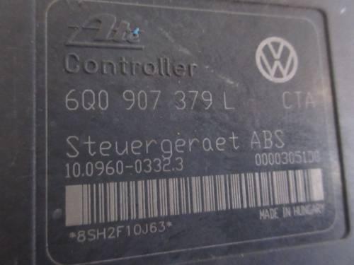 Centralina Abs Ate 10096003323 6Q0907379L 8SH2F10J63 10020600714  Volkswagen  Polo del 2002 1422cc. TDI  da autodemolizione