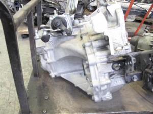Cambio Toyota  Yaris del 2005 1298cc.   da autodemolizione