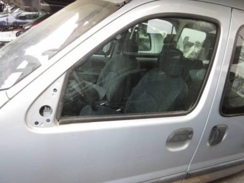 Portiera Anteriore Sinistra Renault  Kangoo  del 2000 da autodemolizione