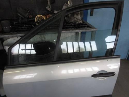 Portiera Anteriore Sinistra Renault  Megane Scenic  del 2004 da autodemolizione