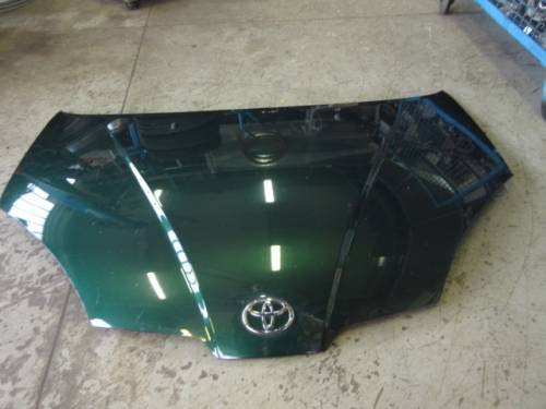 Cofano Toyota  Prius  del 2001 da autodemolizione