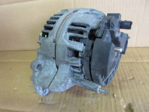 Alternatore Bosch 037903025 G 0124315007 14V 70A Seat  Arosa del 2000 999cc.   da autodemolizione