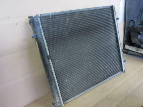 Radiatore Acqua Valeo 7700304932 D 1023 856435S  Renault  Kangoo del 1998 1870cc. DCI  da autodemolizione