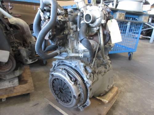 Motore 1NDTV Da Toyota  Yaris del 2002 1364cc.  Usato da autodemolizione
