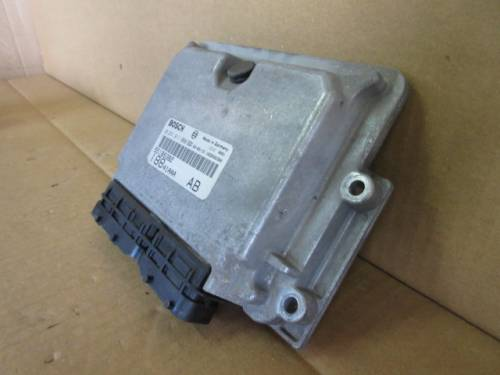 Centralina Motore Bosch 0281011098 55188382 188A1AAA AB 11110081 103 Fiat  Punto del 2003 1910cc. JTD  da autodemolizione
