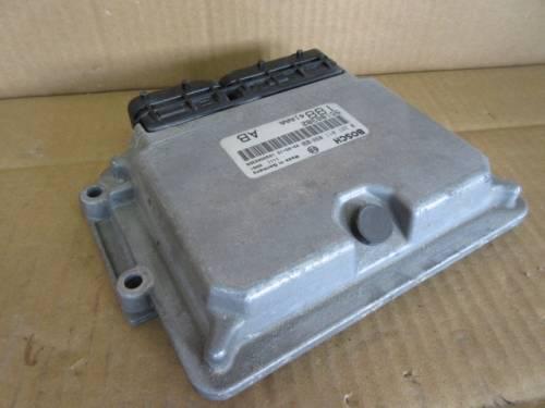 Centralina Motore Bosch 0281011098 55188382 188A1AAA AB 11110081 103 Da Fiat  Punto del 2003 1910cc. JTD Usata da autodemolizione