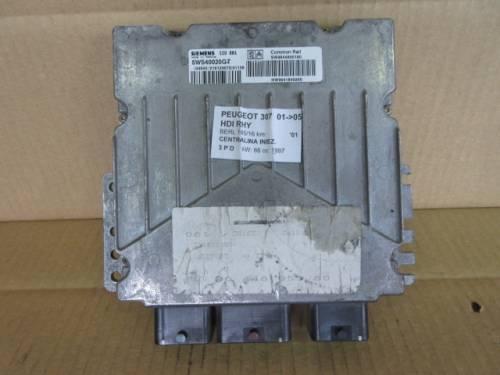 Centralina Motore Siemens SID 881 5WS40020 GT SW 9644895180 HW 96418 Peugeot  307 del 2001 1997cc. HDI  da autodemolizione