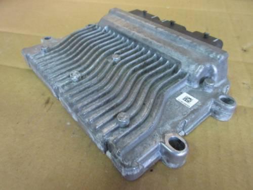 Centralina Motore Valeo J34P 6109506914 215859001A SW 9661700480 Citroen  C2 del 2006 1360cc. VTR  da autodemolizione