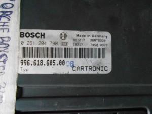 Centralina Motore BOSCH 996 618 605 00 Da Porsche  911 (996) del 2003 3600cc.  Usata da autodemolizione