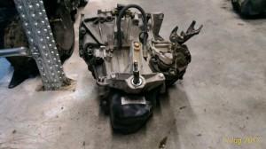 Cambio Da Renault  Clio del 2006 1149cc. 1.2 Usato da autodemolizione