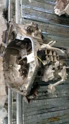 Cambio Da Toyota  Yaris del 2008 1298cc. 1.3 Usato da autodemolizione