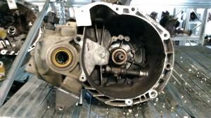 Cambio Da Kia  Picanto del 2004 1086cc. 1.1 8V Usato da autodemolizione