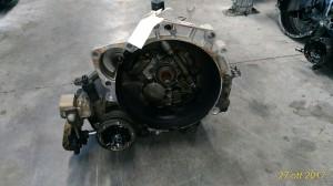 Cambio 51117 Da Volkswagen  Polo del 2000 999cc. 1.0 8V Usato da autodemolizione
