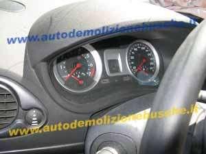 Quadro Strumenti Renault  Clio del 2006 1149cc.   da autodemolizione