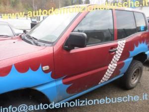 Portiera Anteriore Sinistra Nissan  Terrano Ii  del 1994 da autodemolizione