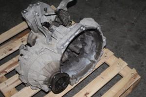 Cambio Volkswagen  Caddy del 2005 0cc.   da autodemolizione