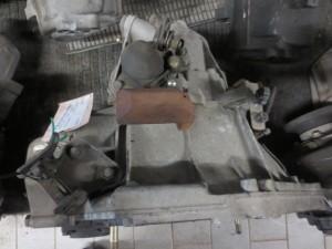 Cambio 30510B01 Da Alfa Romeo  147 del 2001 1910cc.  Usato da autodemolizione