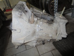 Cambio Fiat  Punto del 2005 1242cc.   da autodemolizione