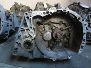 Cambio JR5 102 7701717674 A052425 Da Renault  Megane del 2003 1461cc.  Usato da autodemolizione