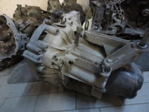 Cambio JR5 102 7701717674 A052425 Renault  Megane del 2003 1461cc.   da autodemolizione