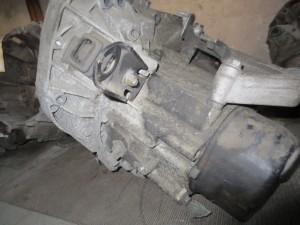 Cambio JBI 968 7701700513A . Renault  Clio del 2000 1149cc.   da autodemolizione