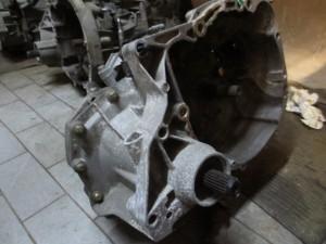 Cambio JB1514 770123254 S 280665 8200 089238  Renault  Clio del 2005 1150cc.   da autodemolizione
