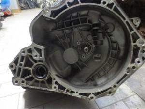 Cambio R90400208 50019331 Opel  Corsa C del 2002 1200cc.   da autodemolizione