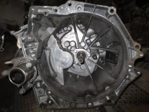 Cambio 9680886910 HZ23  Peugeot  308 del 2013 1560cc. HDI  da autodemolizione