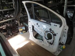 Portiera Anteriore Sinistra Peugeot  208  del 2013 da autodemolizione