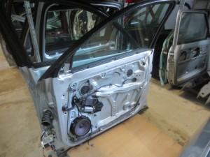 Portiera Anteriore Destra Volkswagen  Passat  del 2002 da autodemolizione