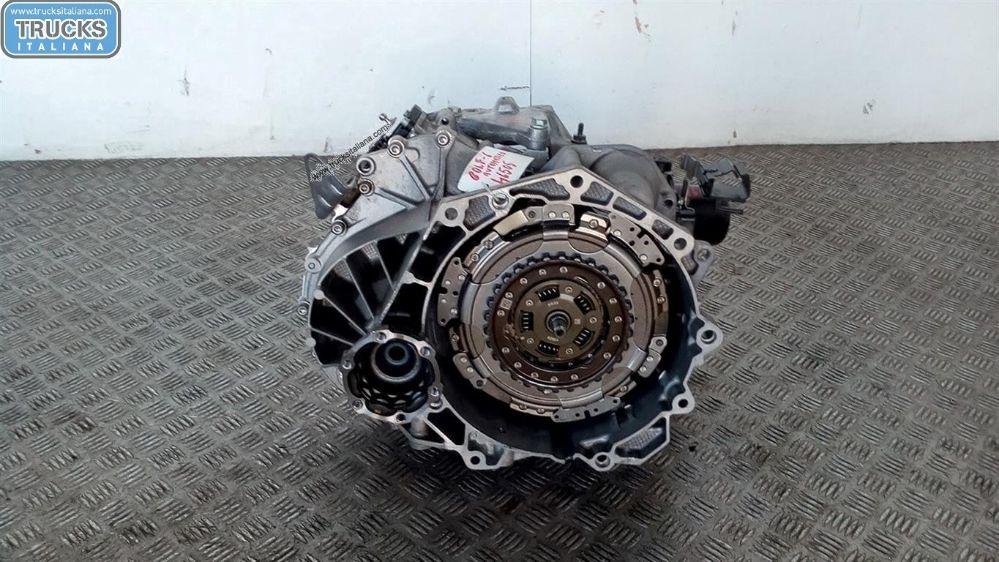 Cambio NS. RIFERIMENTO 180618000045 Da Volkswagen  Golf 6 del 2011 1598cc. 77 KW - 103 CV Usato da autodemolizione