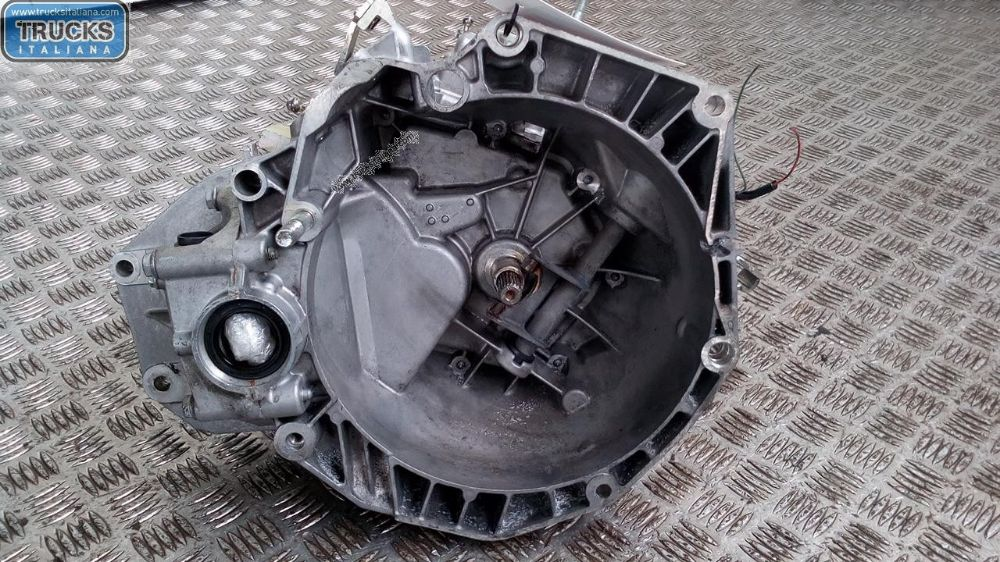 Cambio NS. RIFERIMENTO 180208000048 Da Fiat  500 del 2009 1248cc. 55 KW 75 CV Usato da autodemolizione