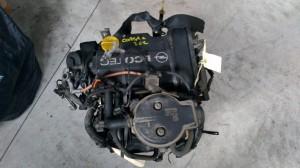 Motore Z10XE Da Opel  Corsa C del 2002 973cc. 1.0 3 CIL Usato da autodemolizione