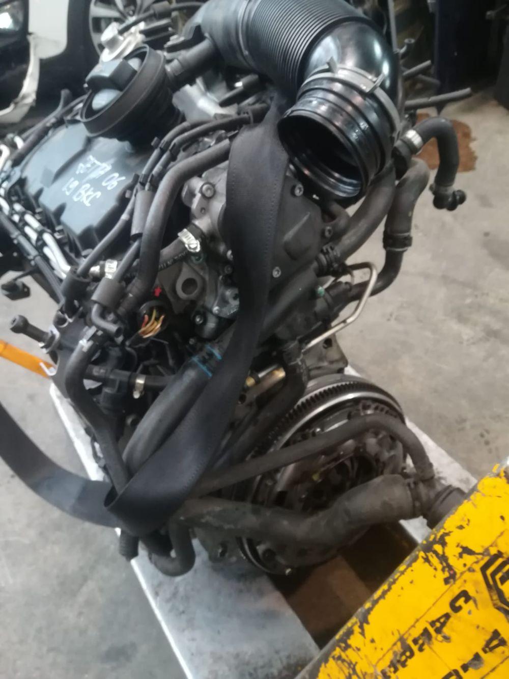 Motore Da Volkswagen  Jetta del 2008 1900cc.  Usato da autodemolizione