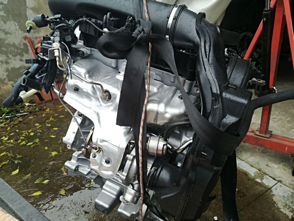 Motore Da Volvo  V40 del 2017 2cc. CROSS COUNTRY 2.0 D2 16V. Usato da autodemolizione