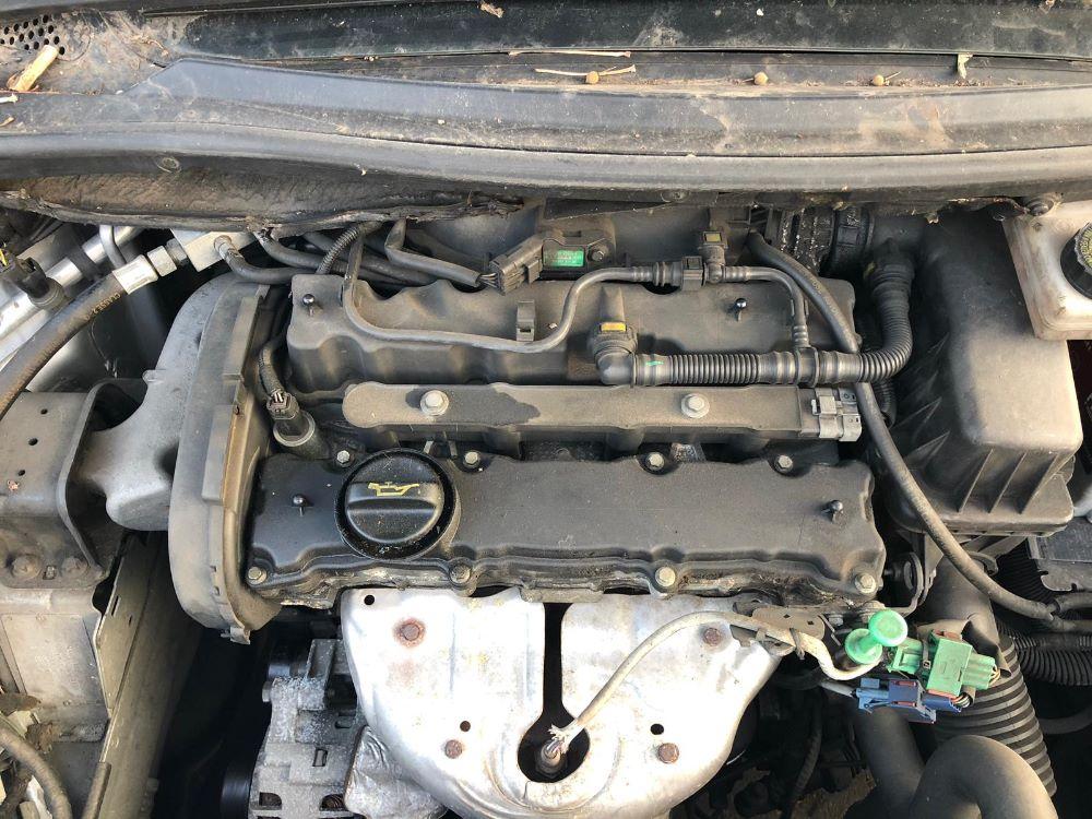 Motore Da Peugeot  207 del 2010 1cc. 1.4 16 VALVOLE BENZINA Usato da autodemolizione