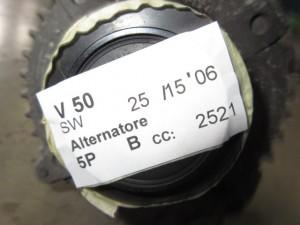 Alternatore denso 30737529 150A Volvo  V50 del 2006 2521cc.   da autodemolizione