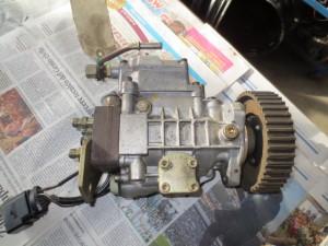 Pompa Iniezione BOSCH 0460404977 VW038130107D Volkswagen  Golf 4 del 1998 1896cc. TDI 90CV  da autodemolizione
