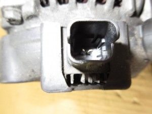 Alternatore denso 9640623580 104210-3240 Peugeot  206 del 2002 1400cc.   da autodemolizione