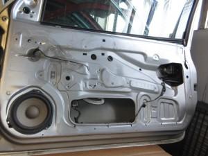Portiera Anteriore Destra Opel  Corsa  del 2001 da autodemolizione