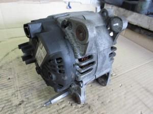 Alternatore VALEO 06F903023C Volkswagen  Golf 5 del 2004 1968cc. TDI  da autodemolizione