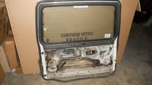 Portellone Mitsubishi  Pajero  del 1989 da autodemolizione