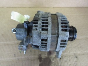 Alternatore HR AUTOMOTIVE 897369 Opel  Astra H del 2006 1700cc. DTI  da autodemolizione