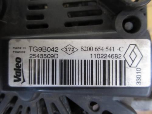 Alternatore valeo 8200654541-C Renault  Twingo del 2011 1150cc.   da autodemolizione